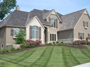 Lawn mowing Leawood Kansas